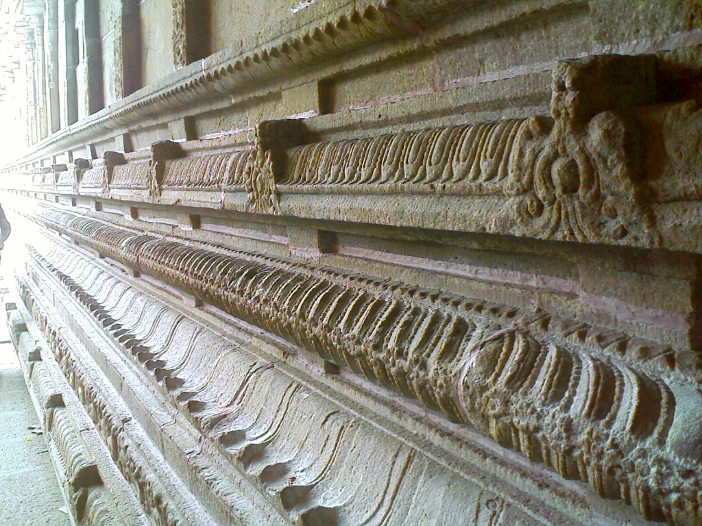 Photo of Temple Side Wall in Porur Patteeswarar Temple Coimbatore