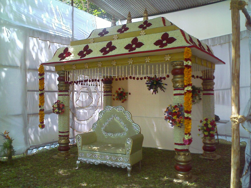 flower arrangment on a mandapam with throne in 2011 flower show coimbatore