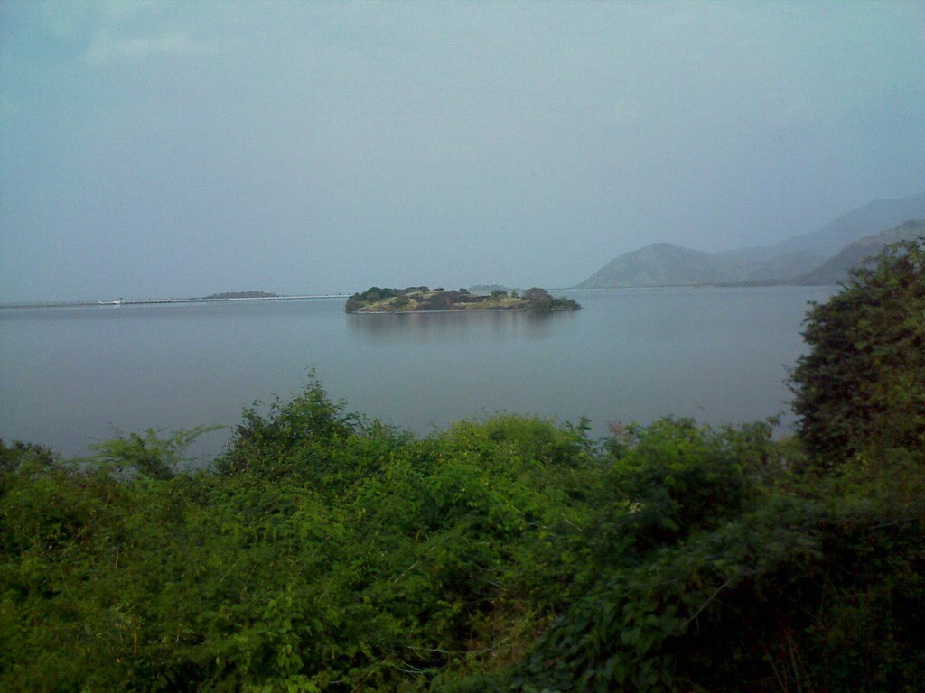 small island near aliyar lake/ monkey falls