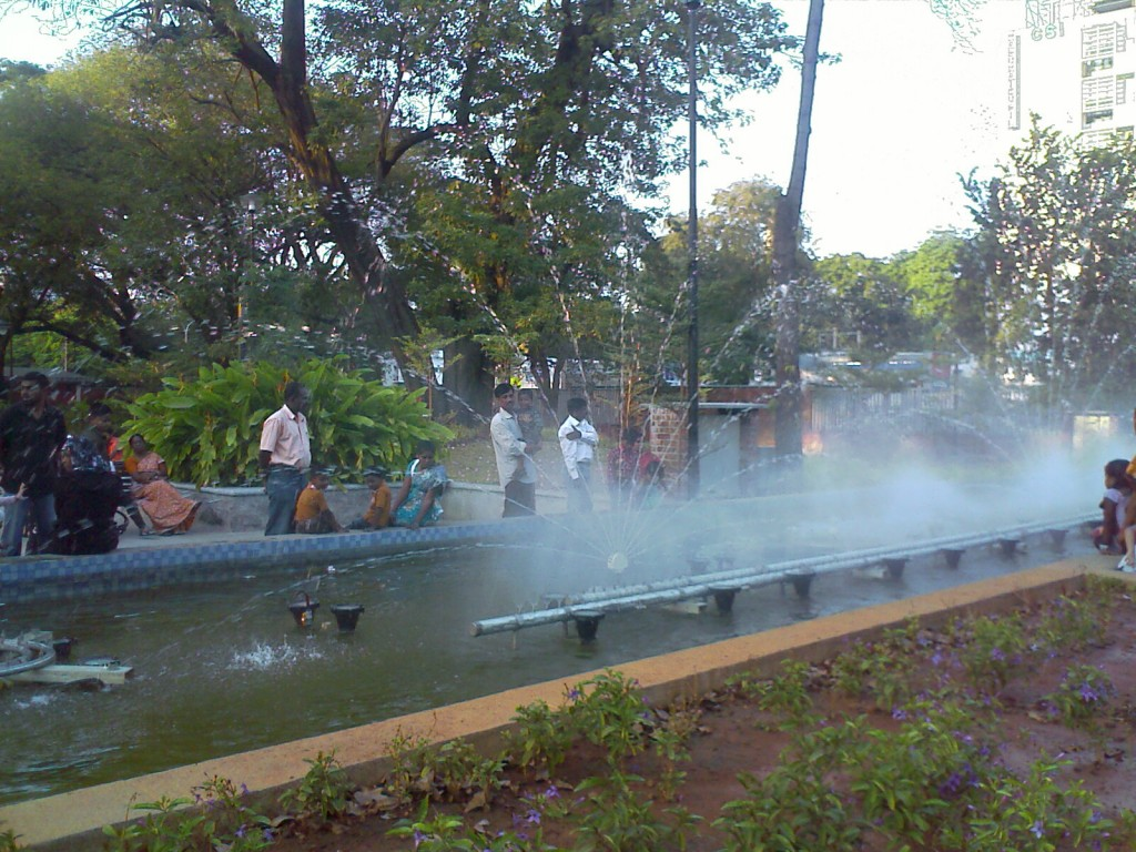 water fountain in semmozhi park, chennai