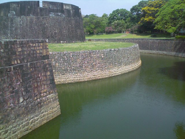 palakkad Fort seen from outside (on the bridge)