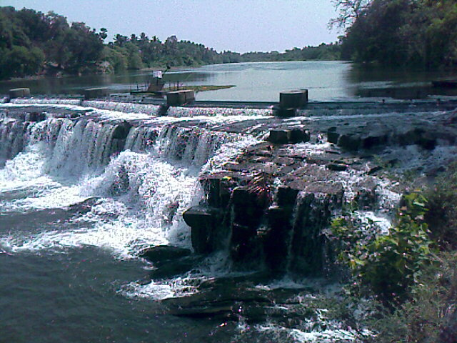 kodiveri falls in sathyamangalam and gobi district