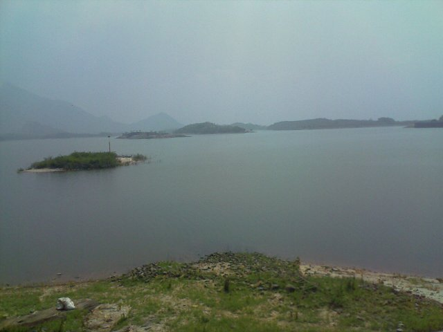 malampuzha dam in palakkad - the water