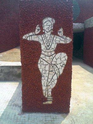 rock gardens palakkad - modern art - dancing woman bharathanattyam