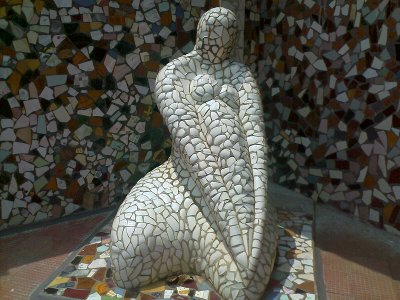 rock gardens palakkad kerala modern fusion statue of a woman