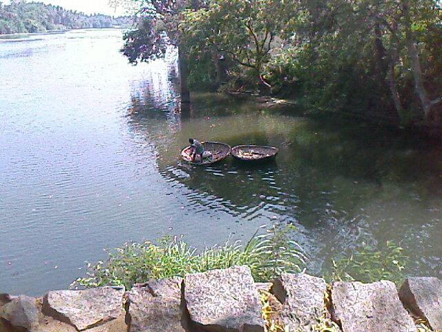 round boat in kodiveri falls in sathyamangalam and gobi chetty palayam