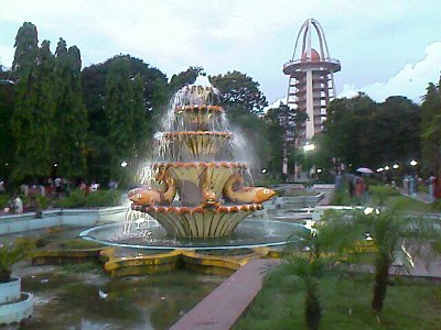 anna nagar tower park fish water fountain