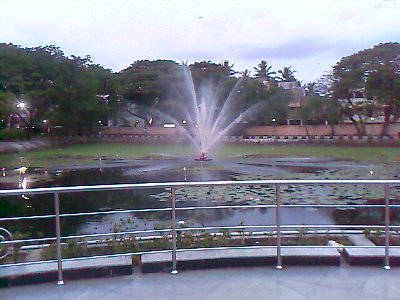 anna nagar tower park lake and water fountain