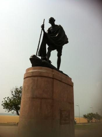 mahatma gandhi statue in marina beach