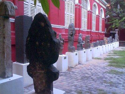 photos of stone sculptures in chennai egmore museum