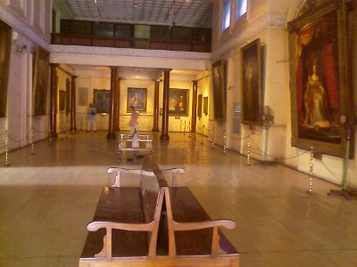 paint gallery at fort museum in chennai